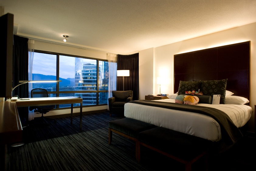 guest room at hyatt regency vancouver