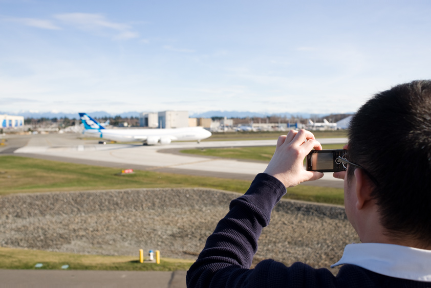 laurie and the boeing 747-8 freighters at paine field airport